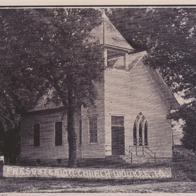 The First Presbyterian Church was organized April 24, 1870. The church was located at the northeast corner of 7th and Walnut Streets.